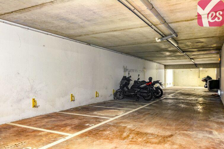 Parking Centre-Ville - Roussillon - Neuilly-Sur-Marne 93330