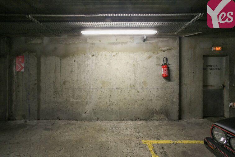 Parking Amiral Roussin - Necker- Paris 15 location mensuelle
