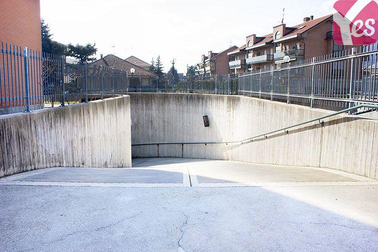 Parcheggio Piossasco - Viale Parri in affitto
