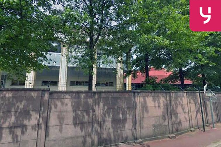Parking Stade du Panorama - Le Plessis-Robinson 45 boulevard du Moulin de la Tour