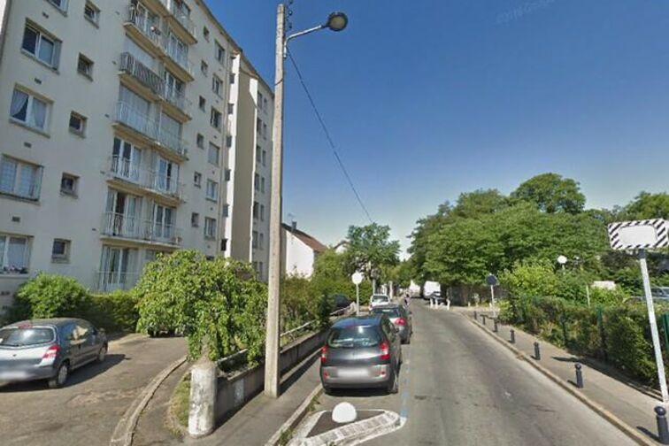 Parking Guittard - Champigny- sur-Marne pas cher