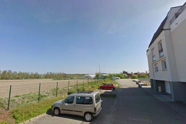 Parking Plage de Champigny en location