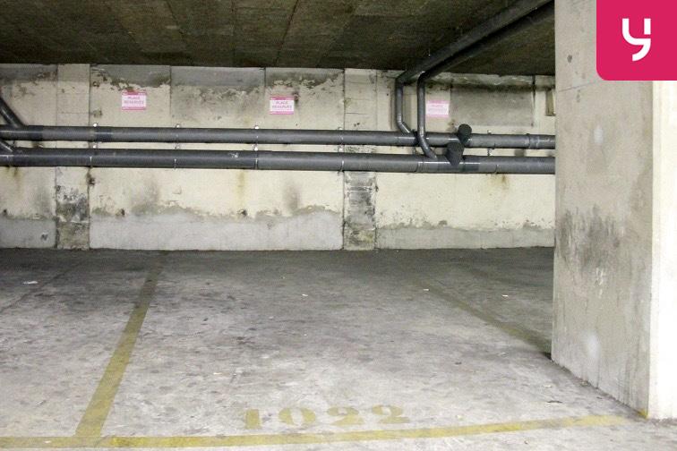 Parking Olivier Métra garage