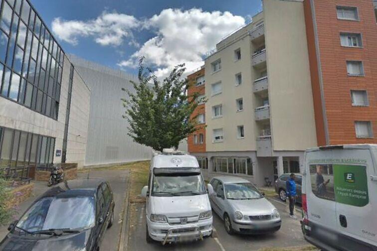 Parking Patinoire de Champigny-sur-Marne location mensuelle