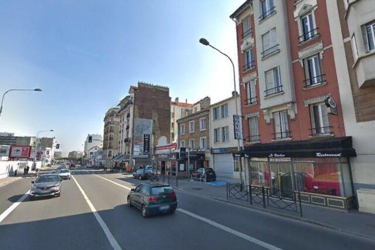 Parking Lycée Langevin Wallon - Champigny-sur-Marne location mensuelle