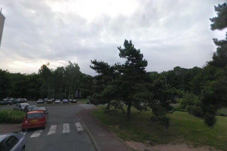 Parking Yves Farges - Champigny-sur-Marne gardien