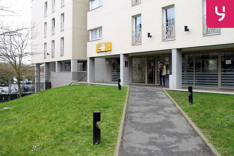 Parking Cergy - Le Haut - RER box
