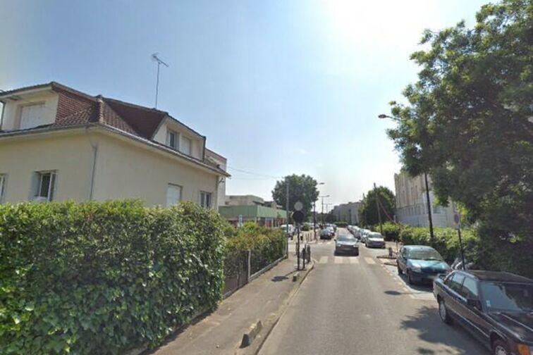 Parking Pierre-Marie Derrien - Champigny-sur-Marne caméra