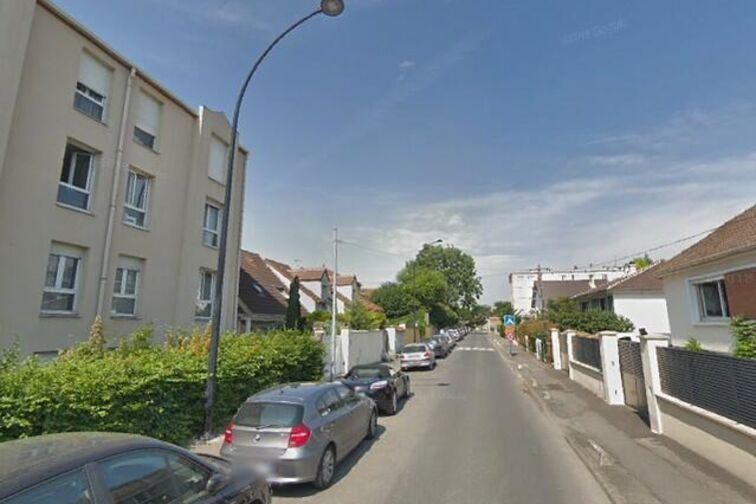 location parking Pierre-Marie Derrien - Champigny-sur-Marne