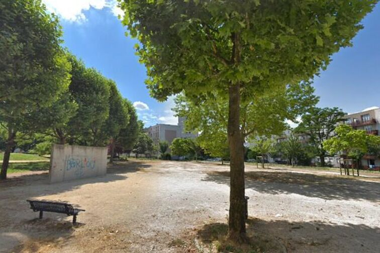 Parking Colombe - Hardelet - Champigny-sur-Marne gardien