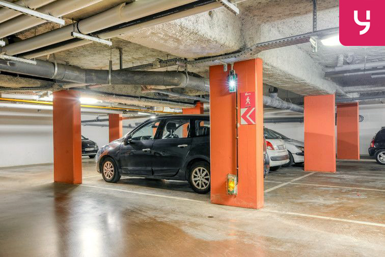 Parking Centre-Ville - Roussillon - Neuilly-Sur-Marne (place moto) 4 rue de Berry