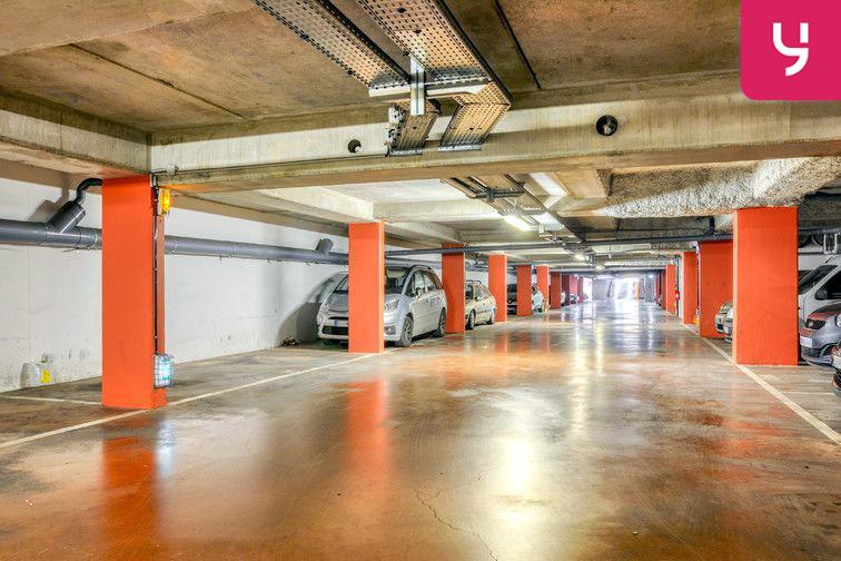 Parking Centre-Ville - Roussillon - Neuilly-Sur-Marne (place moto) pas cher
