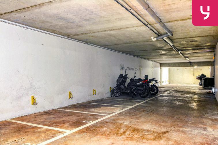 Parking Centre-Ville - Roussillon - Neuilly-Sur-Marne (place moto) en location