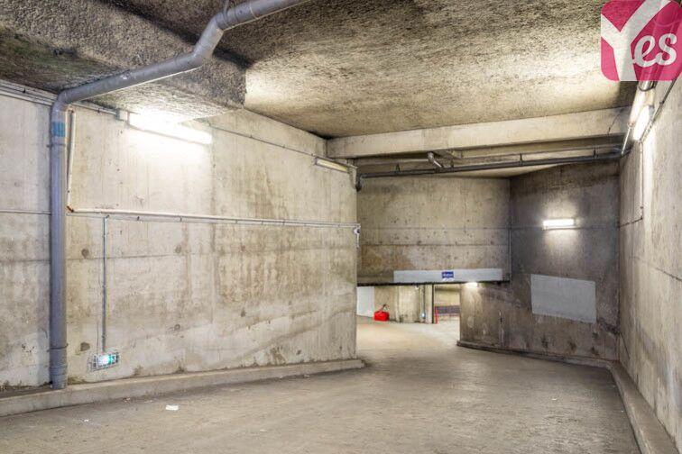 Parking Métro Hoche - Pantin souterrain