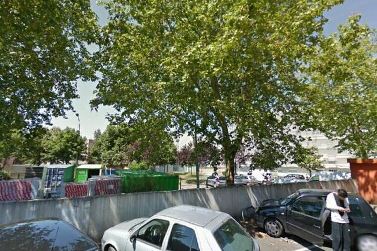 location parking Bibliothèque de La Halvêque - Nantes