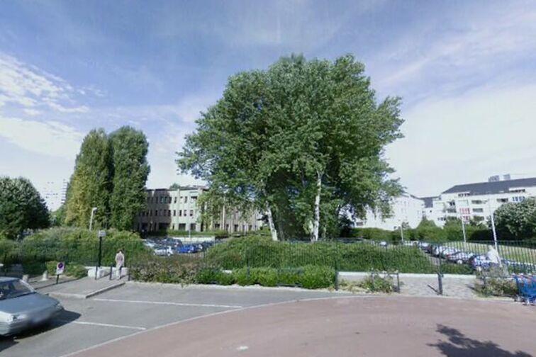 location parking Place de la Guiroué - Nantes