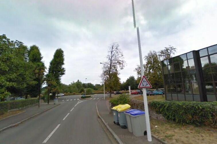 Parking Lycée Polyvalent la Baugerie location