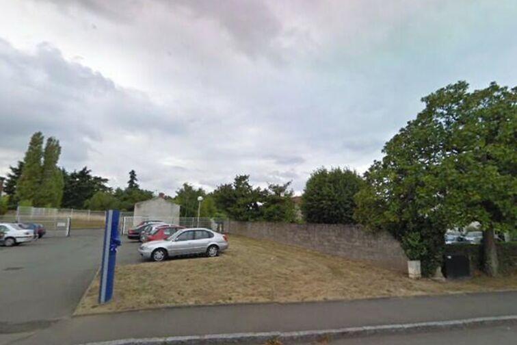 location parking Lycée Polyvalent la Baugerie