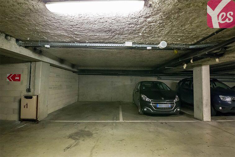 Parking Rue Ambroise Croizat - Saint-Ouen garage