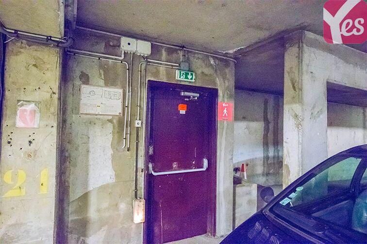 Parking Allée du 8 mai 1945 - Métro Mairie de Saint-Ouen pas cher