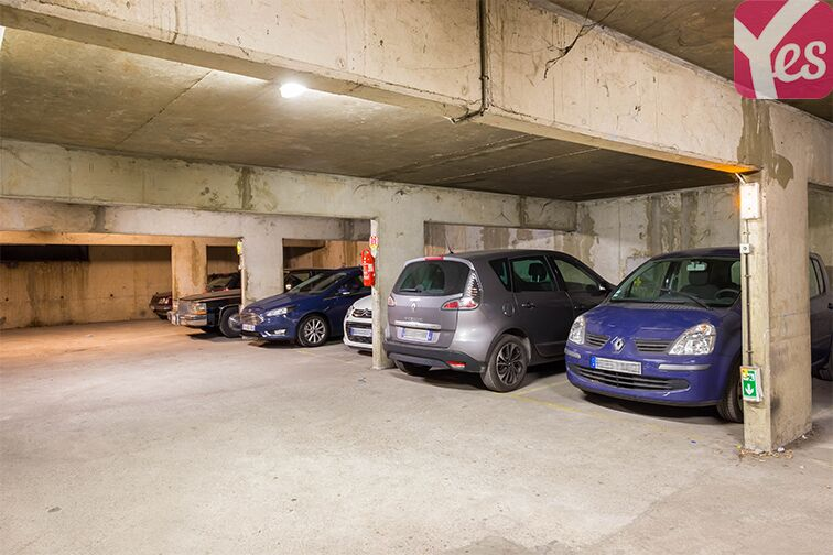 Parking Allée du 8 mai 1945 - Métro Mairie de Saint-Ouen location mensuelle