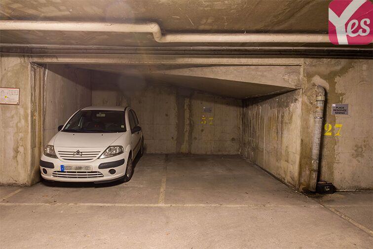 Parking Allée du 8 mai 1945 - Métro Mairie de Saint-Ouen garage