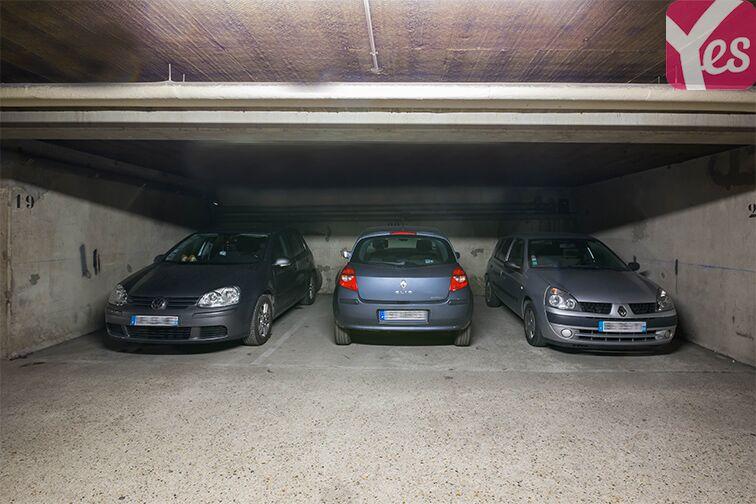 Parking Rue de l'Hermet - Mairie - Saint-Ouen box
