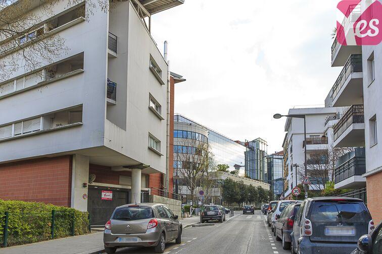 Parking Gare de Saint-Ouen - rue Arago - Saint Ouen 59 rue de Arago