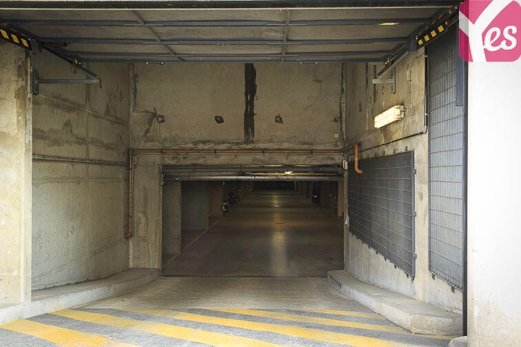 Parking Gare de Saint-Ouen - rue Arago - Saint Ouen 24/24 7/7
