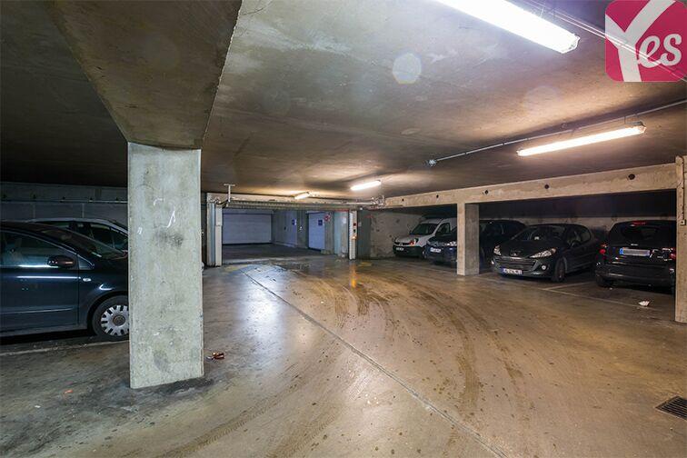 Parking Avenue Gabriel Péri - Saint-Ouen garage