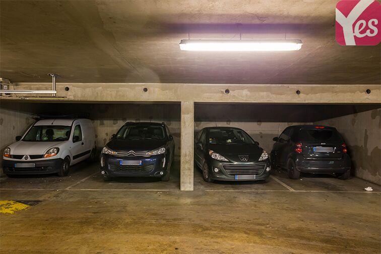 Parking Avenue Gabriel Péri - Saint-Ouen 24/24 7/7