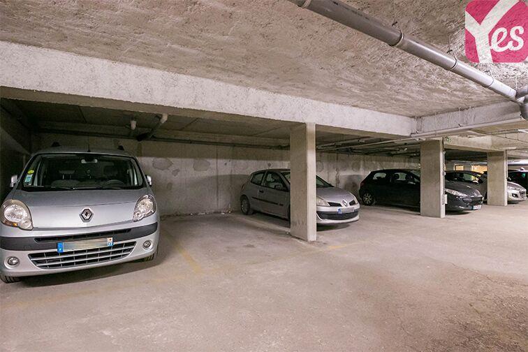 Parking Dieumegard - Métro Garibaldi - Saint-Ouen à louer