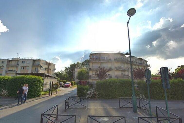 Parking Avenue Francois Mitterrand - Montévrain box