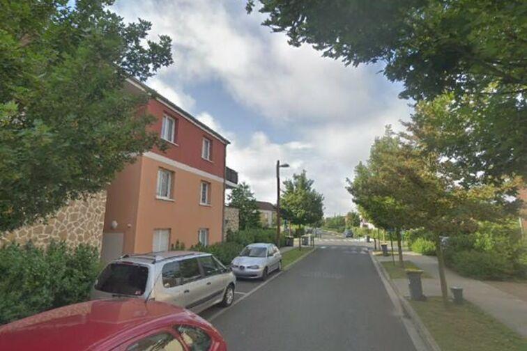 Parking Chêne Saint-Fiacre - Bussy-Saint-Georges Chanteloup-en-Brie