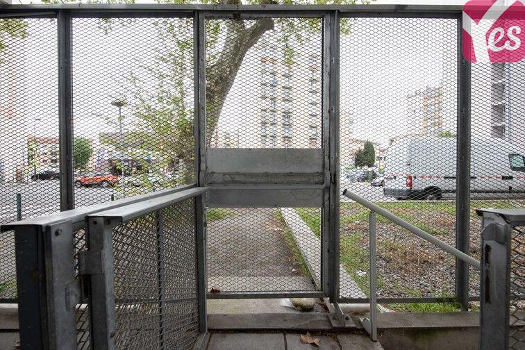 Parking Avenue Grande Bretagne - Toulouse sécurisé