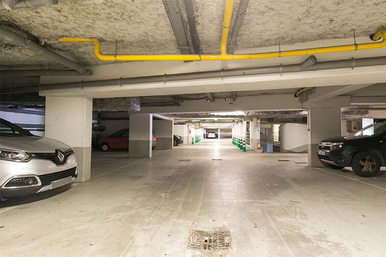 Parking Val d'Europe - Serris gardien