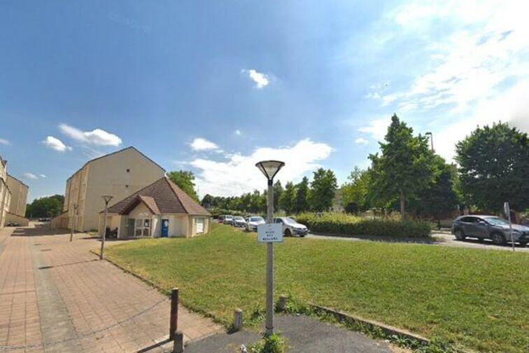 Parking Parc du plateau - Meilliers - Champigny-sur-Marne 94500