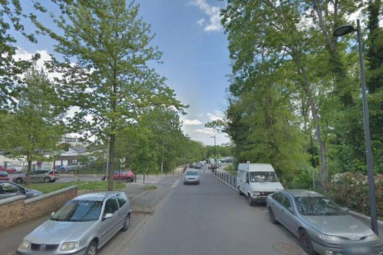 Parking Mairie de Valenton 30 ruelle de Paris