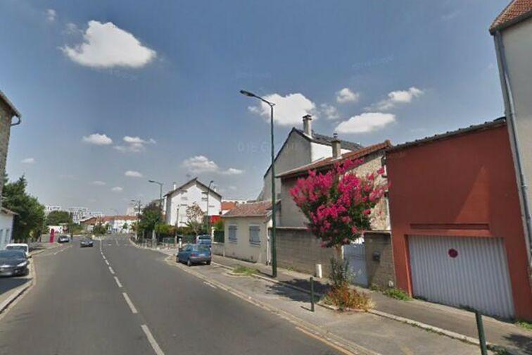 Parking Paroisse St Hermeland - Bagneux gardien