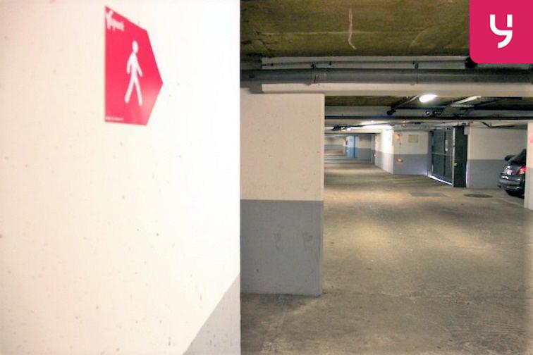 Parking Mairie des Pavillons-Sous-Bois garage