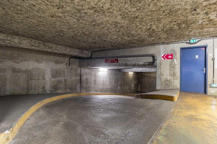 Parking Ivry-sur-Seine RER en location