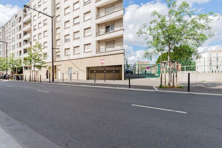 Parking Ivry-sur-Seine RER box