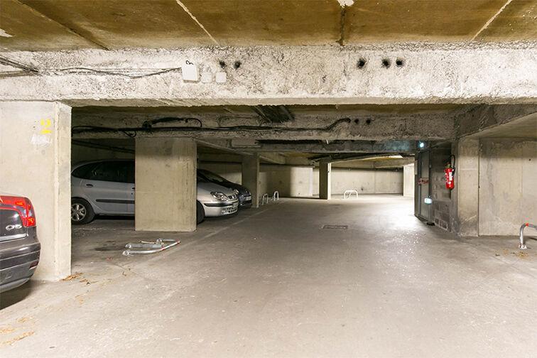 Parking Avenue Henri Ravera - Cimetière parisien - Bagneux sécurisé