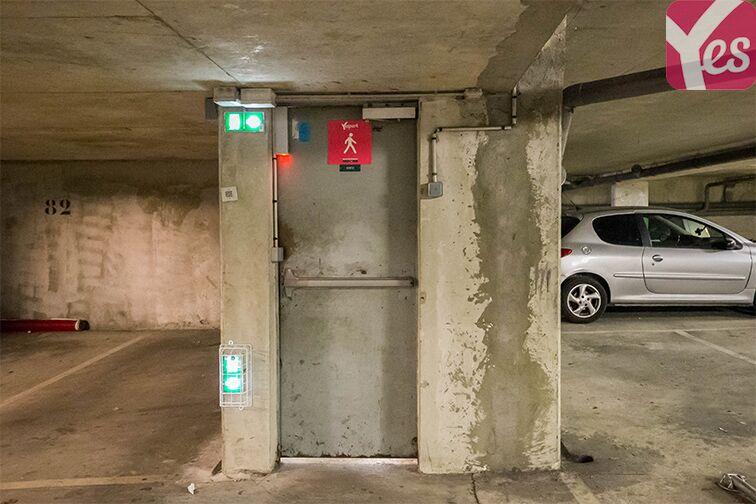 Parking Albert Petit - Bagneux 24/24 7/7