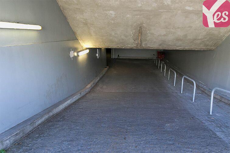 Parking Square Léo Ferré - Bagneux box