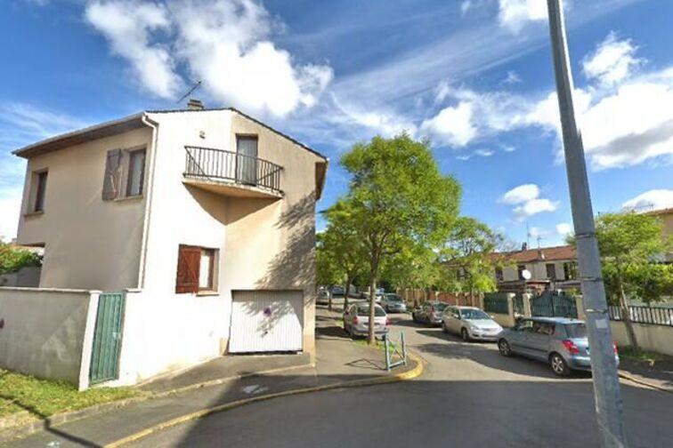 Parking Villa Pichon - Les Gondoles - Choisy-le-Roi caméra