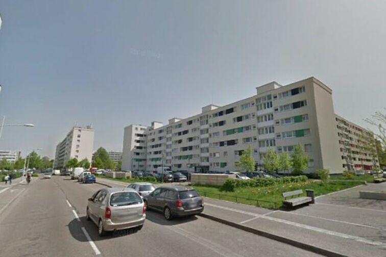 Parking Route de Mittelhausbergen - Strasbourg (box) location mensuelle