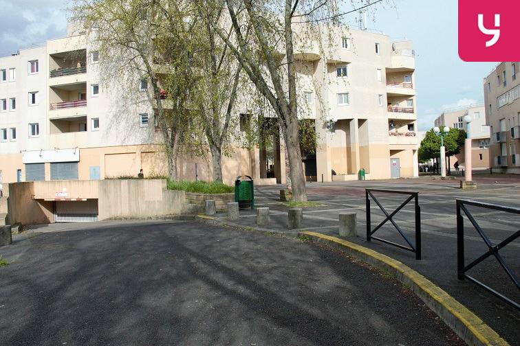 Parking Rougemont Chanteloup - Aulnay-sous-Bois en location
