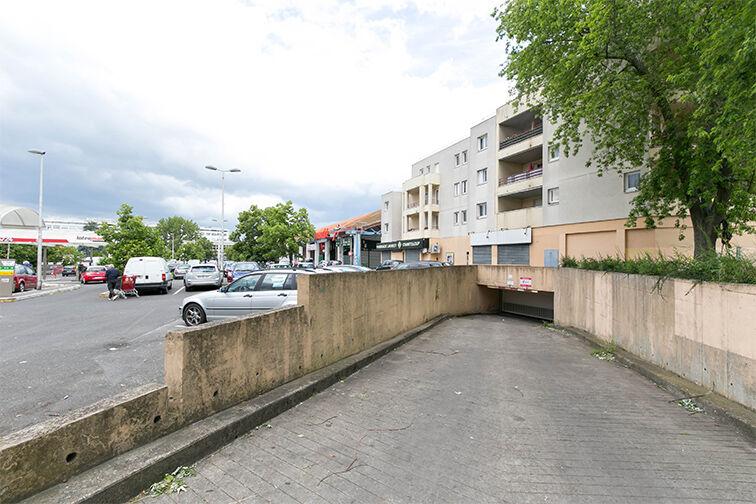 Parking Rougemont Chanteloup - Aulnay-sous-Bois à louer