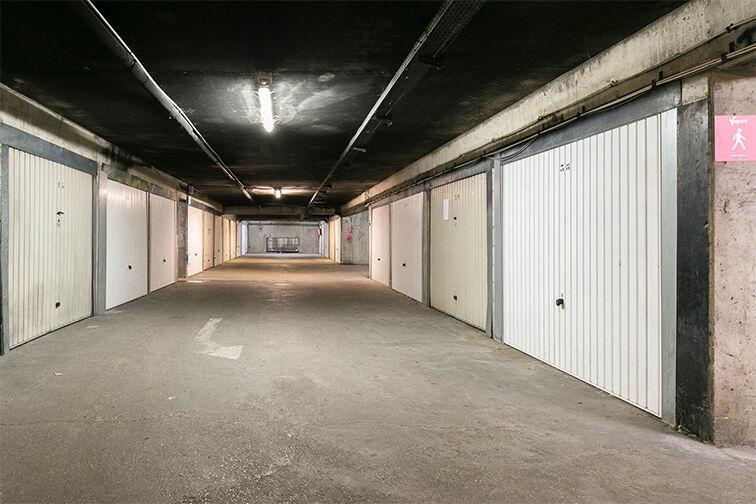Parking Ecole Annie Fratellini - Aéroport Orly - Villeneuve-le-Roi location